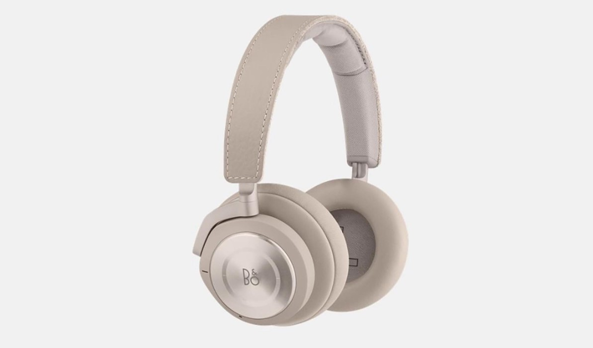 RIMOWA & Bang&Olufsen Beoplay H9i Travel Headphone