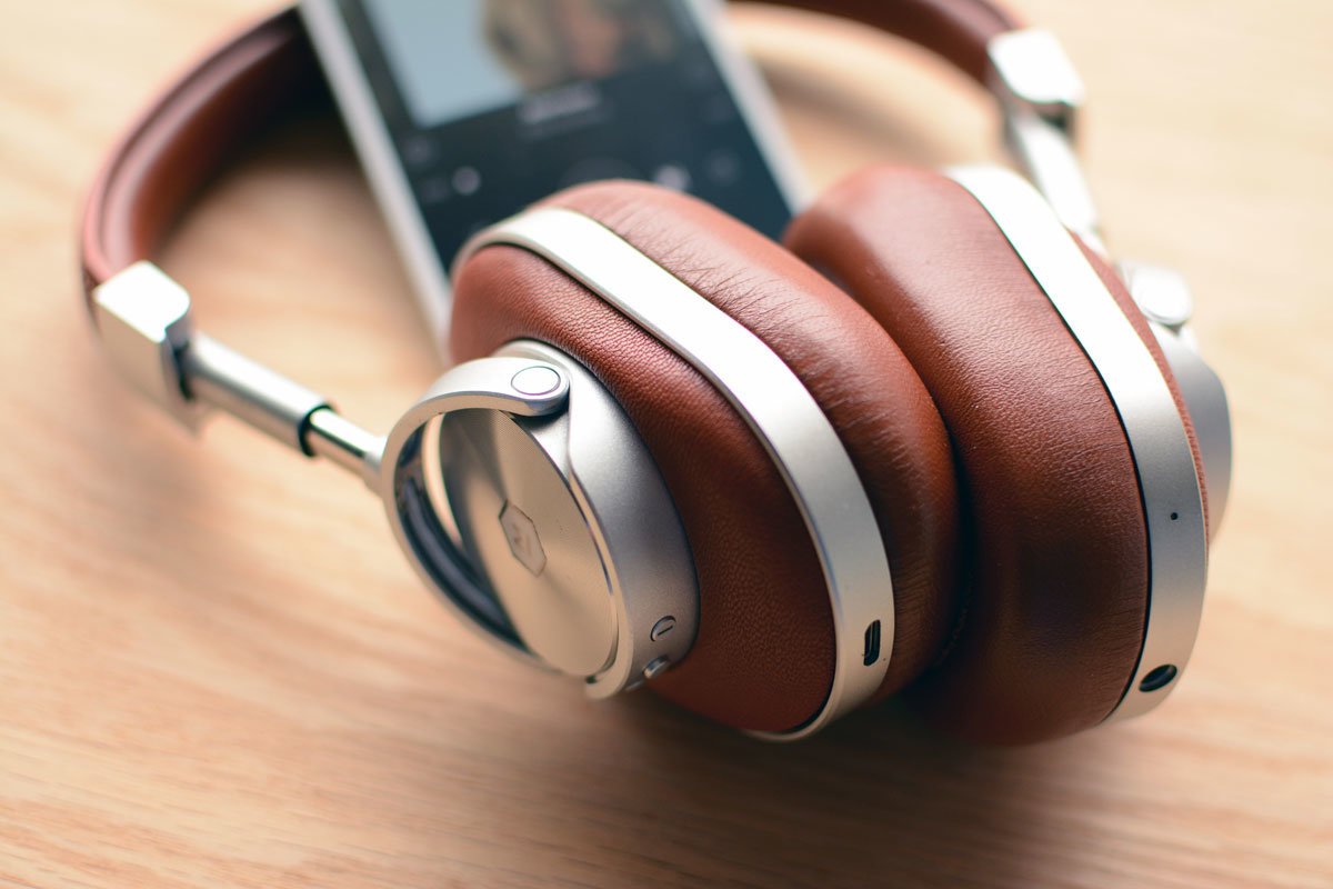 Master & Dynamic's MW65 Headphones